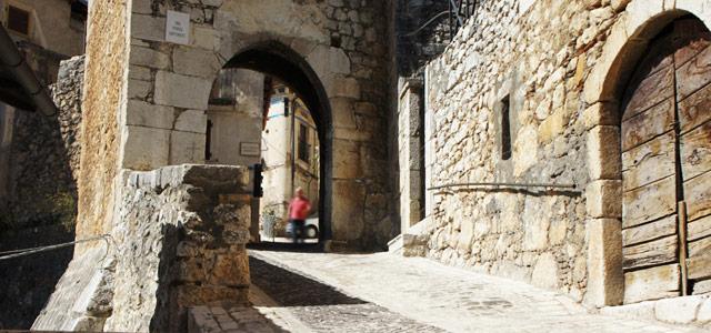 Porta dei Santi - Fontecchio AQ